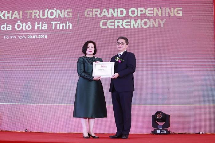 Thị trường - Khai trương đại lý Honda ôtô hiện đại bậc nhất Việt Nam tại Hà Tĩnh (Hình 3).