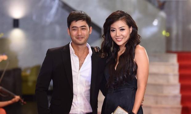Giải trí - Dàn sao Việt 'tay trong tay' trên thảm đỏ VTV Awards 2017 (Hình 13).