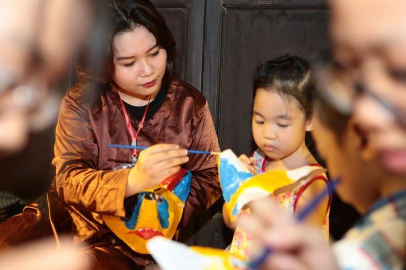 Văn hoá - 'Thu vọng nguyệt' trao hơn 1 tỷ đồng cho quỹ Thiện Nhân (Hình 7).
