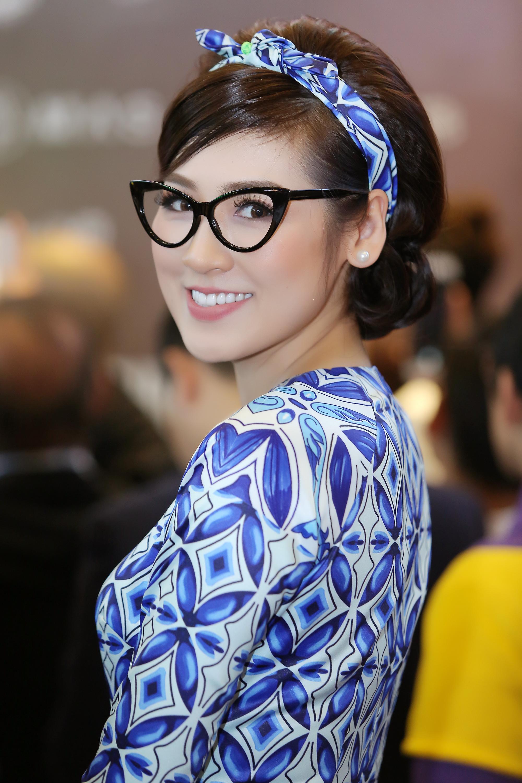 Ngôi sao - 'Cô Ba Sài Gòn' ra Hà Nội (Hình 18).