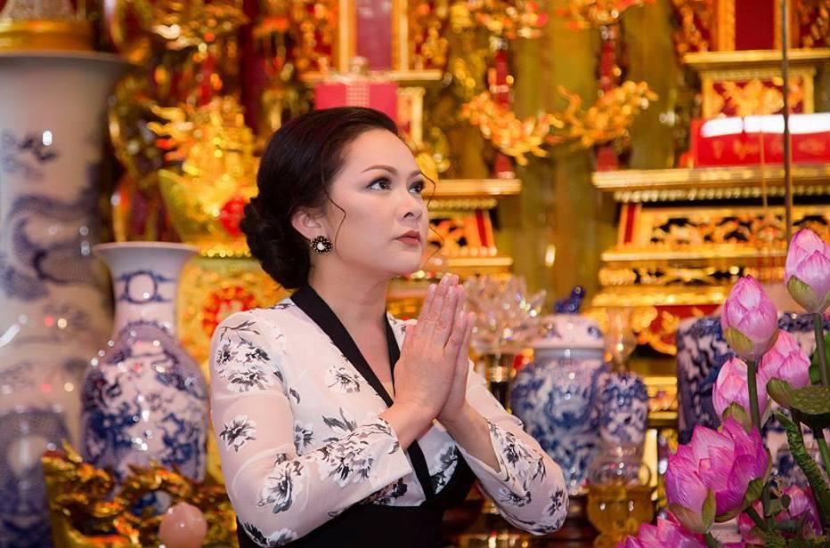 Ngôi sao - Tiết lộ về lịch trình tại Việt Nam của ca sĩ  Như Quỳnh với bài hát Duyên Phận (Hình 2).
