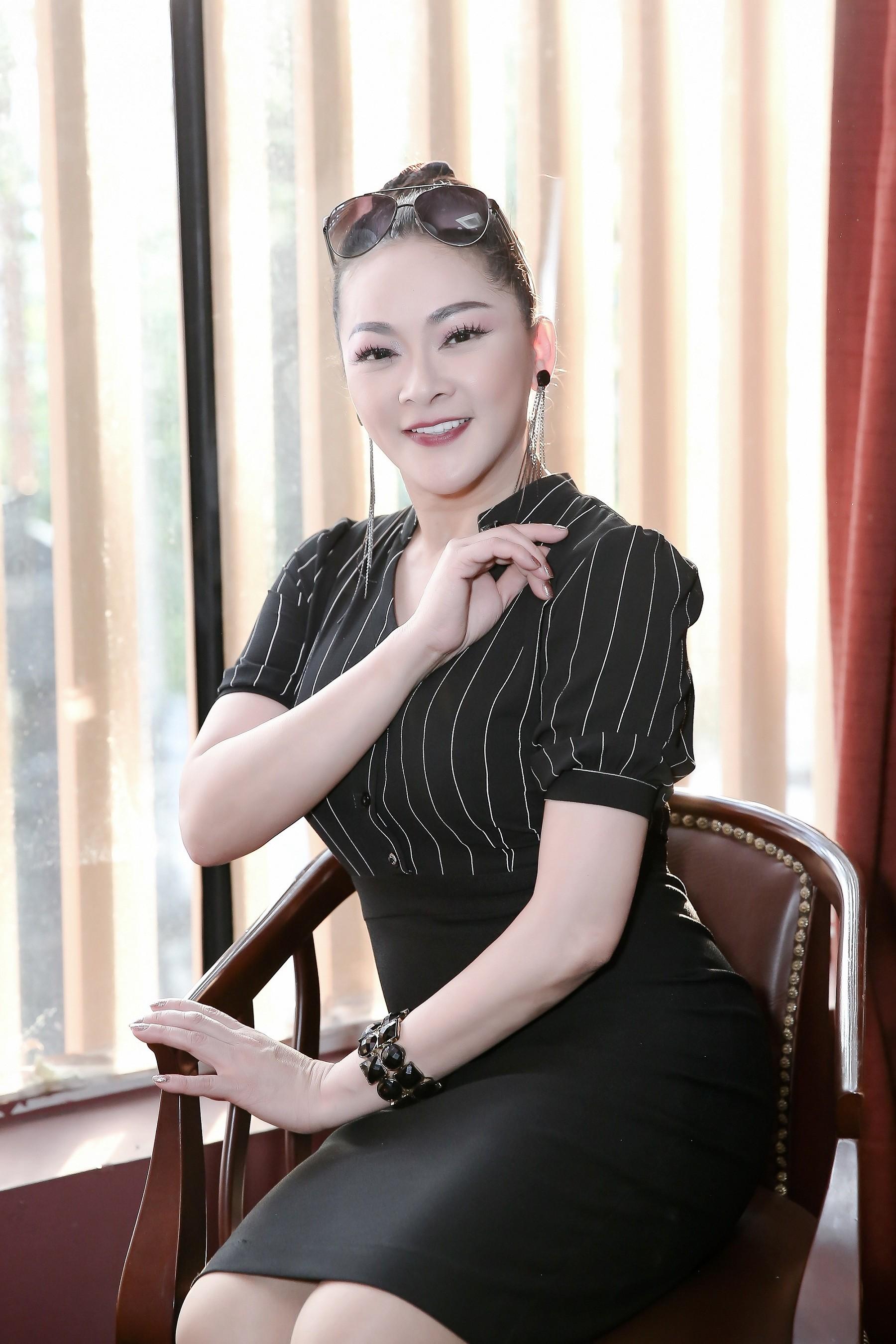 Sự kiện - Món quà đặc biệt Như Quỳnh gửi tới mẹ nhân ngày 8/3