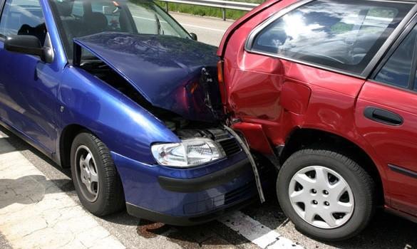 Xe++ - Dừng, đỗ xe không có tín hiệu báo trước cho phương tiện khác bị xử lý thế nào?