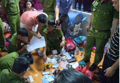Pháp luật - Phá ổ sản xuất ma túy tổng hợp lớn nhất tại Hưng Yên