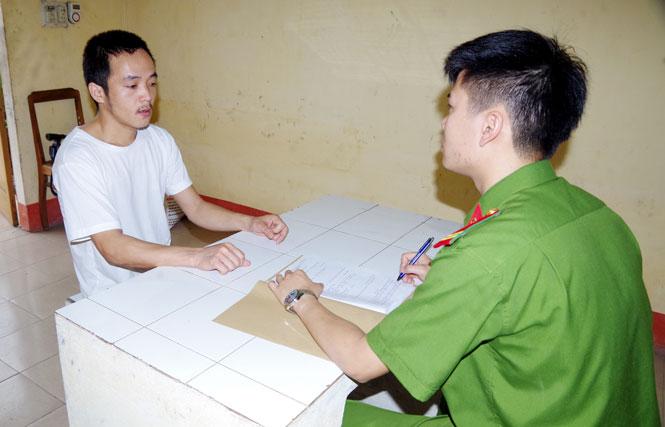 An ninh - Hình sự - Thái Nguyên: Ôm mộng làm giàu bằng 'nghề' chế thuốc nổ, 2 đối tượng bị bắt giữ