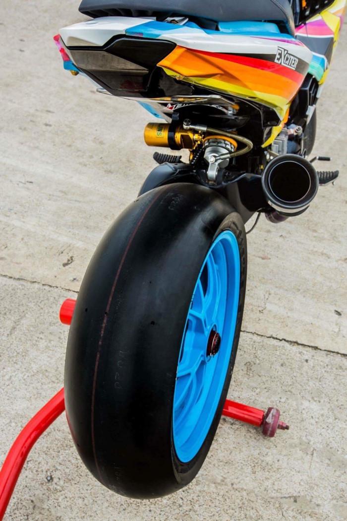 Yamaha Exciter 2009 biển độc, độ khủng của biker Hạ Long - Hình 11