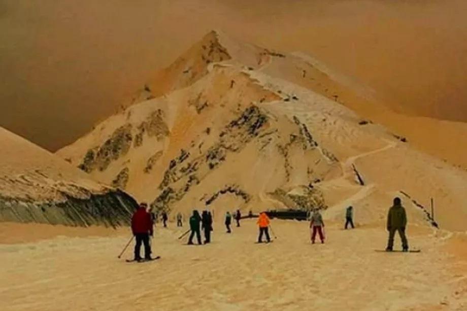 Cuộc sống số - Tuyết ở Nga đột nhiên biến thành màu cam, lý giải của các nhà khoa học