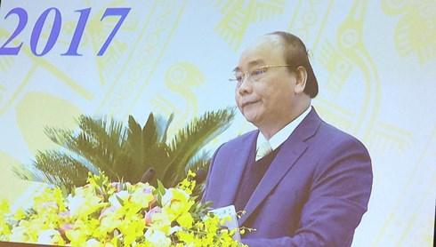 """Tin tức - Chính trị - Thủ tướng Nguyễn Xuân Phúc: """"Đừng để chủ trương nằm trên giấy"""""""