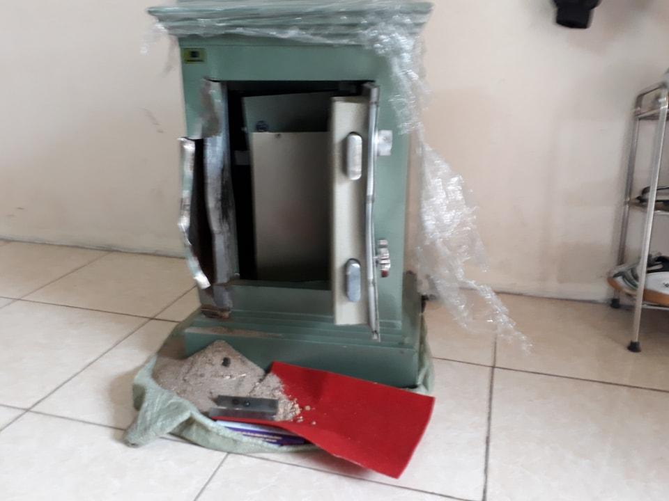 An ninh - Hình sự - Bắt đối tượng phá két sắt, trộm gần 200 triệu đồng của hàng xóm (Hình 3).