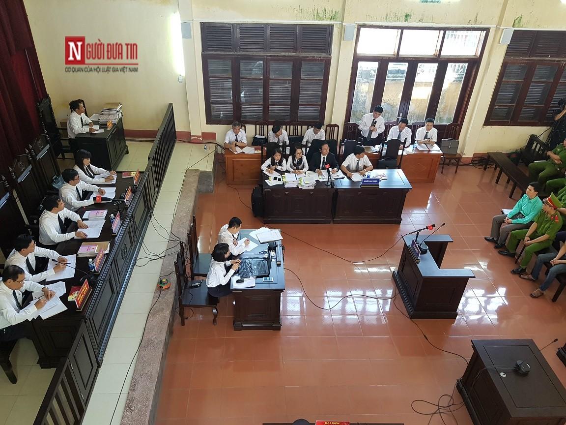 An ninh - Hình sự - Nóng phiên xử BS Hoàng Công Lương: HĐXX từ chối chuyên gia do Luật sư mời