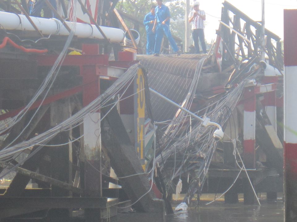 Sập cầu Long Kiển: Hàng loạt người dân chịu cảnh bị mất điện, thiếu nước - Hình 6