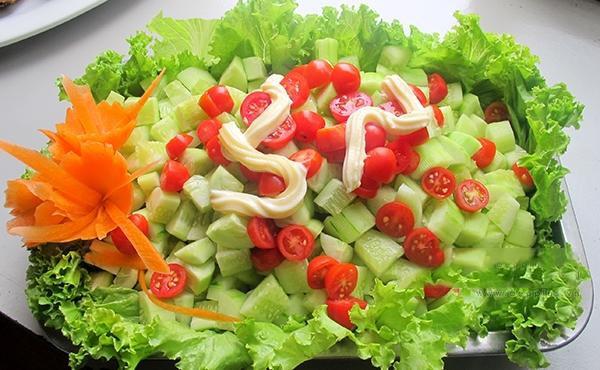 Sức khỏe - 6 cách ăn cà chua có hại cho sức khỏe cần tránh