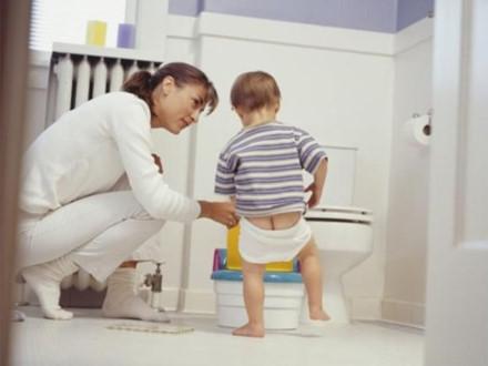 Tư vấn - Nhiều bé trai có nguy cơ vô sinh do sự chủ quan của bố mẹ
