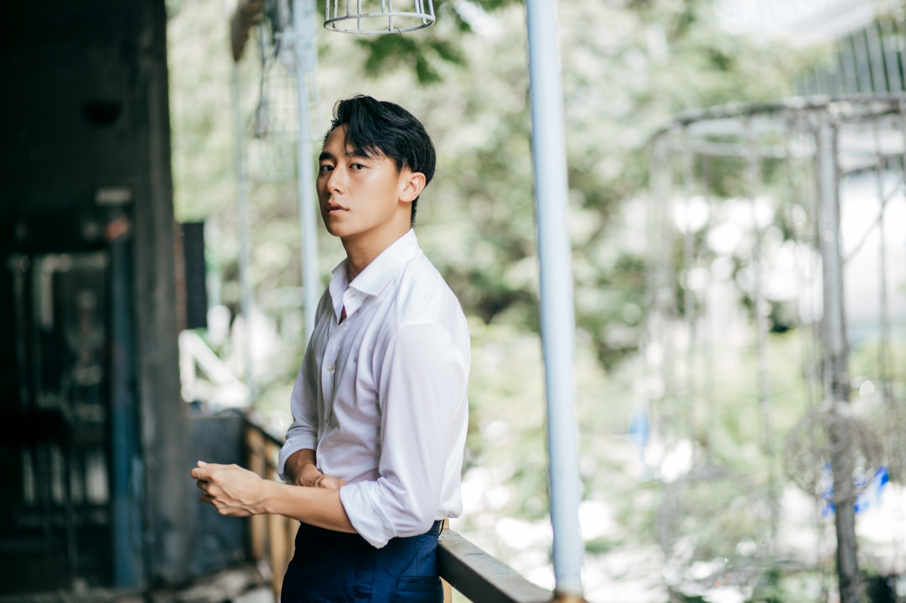 Giải trí - Rocker Nguyễn tung nhạc phim 'Sắc đẹp ngàn cân' khiến fan bấn loạn (Hình 3).