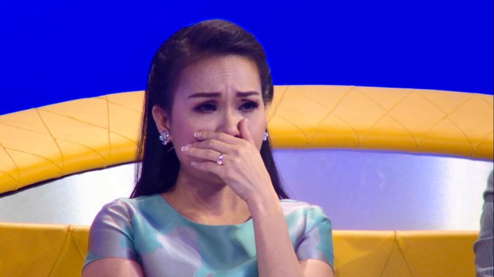 Giải trí - Cẩm Ly giàn giụa nước mắt vì hai anh em mồ côi mẹ (Hình 3).