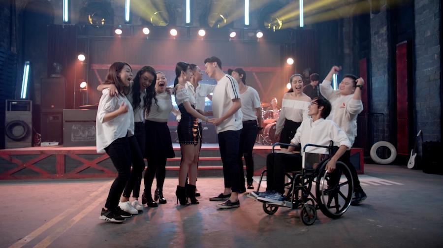 """Giải trí - Tập 7 """"Glee Việt Nam"""": Bị HLV """"trả thù"""", Angela Phương Trinh gặp rắc rối (Hình 5)."""