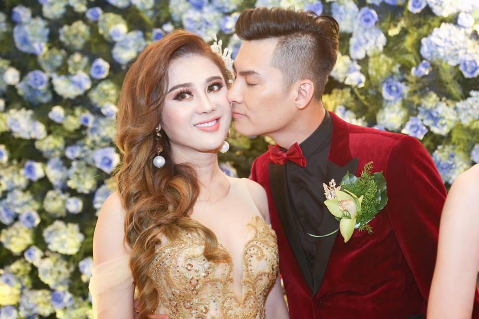 Ngôi sao - Hé lộ Valentine đặc biệt của Lâm Khánh Chi và ông xã kém tuổi