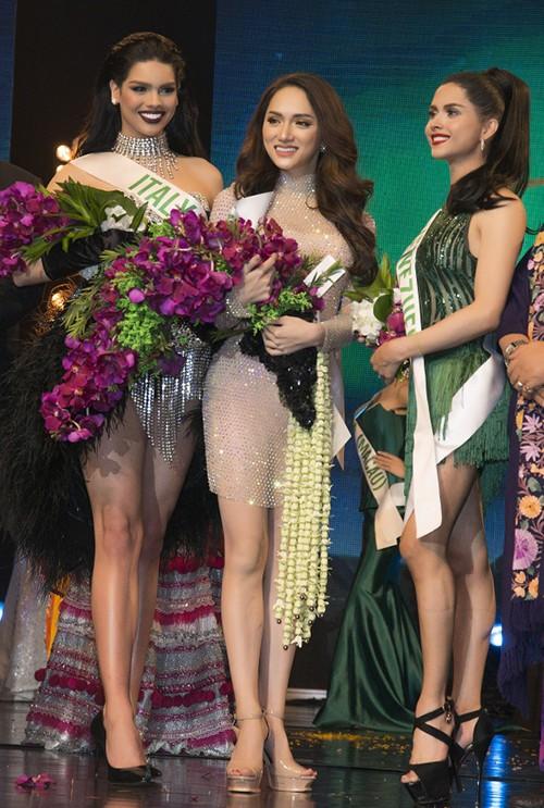 Ngôi sao - Hương Giang Idol đoạt giải Tài năng tại Hoa hậu Chuyển giới Quốc tế 2018 (Hình 2).