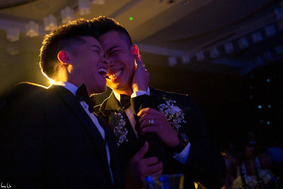 Ngôi sao - Xúc động đám cưới đồng giới của John Huy Trần và Nhiệm Huỳnh