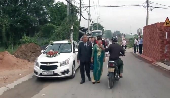 Hình sự - Clip: Cướp giật táo tợn ngay trong đám cưới