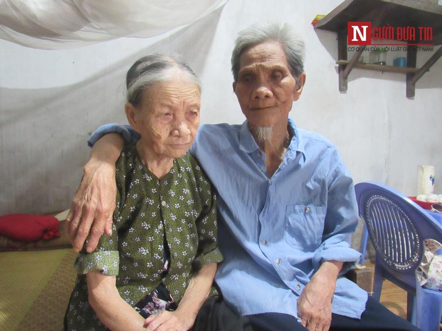 Gia đình - Những chuyện tình xuyên thế kỷ: 60 năm tình nghèo vẫn thắm (Hình 2).
