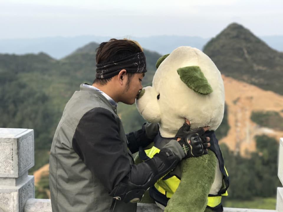 Cộng đồng mạng - Thú vị hành trình đi phượt cùng... gấu bông  (Hình 5).