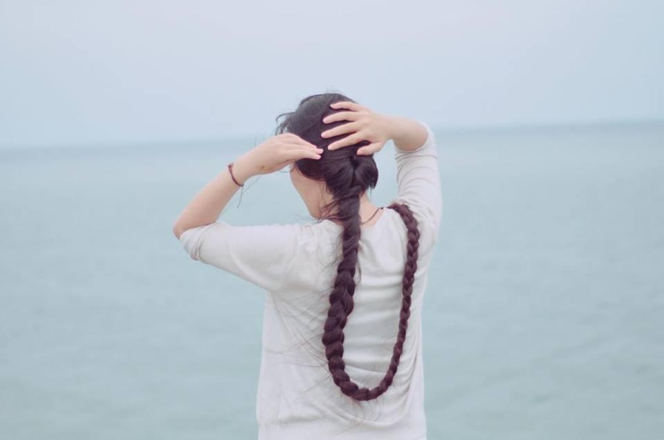 Chiêm ngưỡng mái tóc dài 2 mét của thiếu nữ 9X - Hình 2