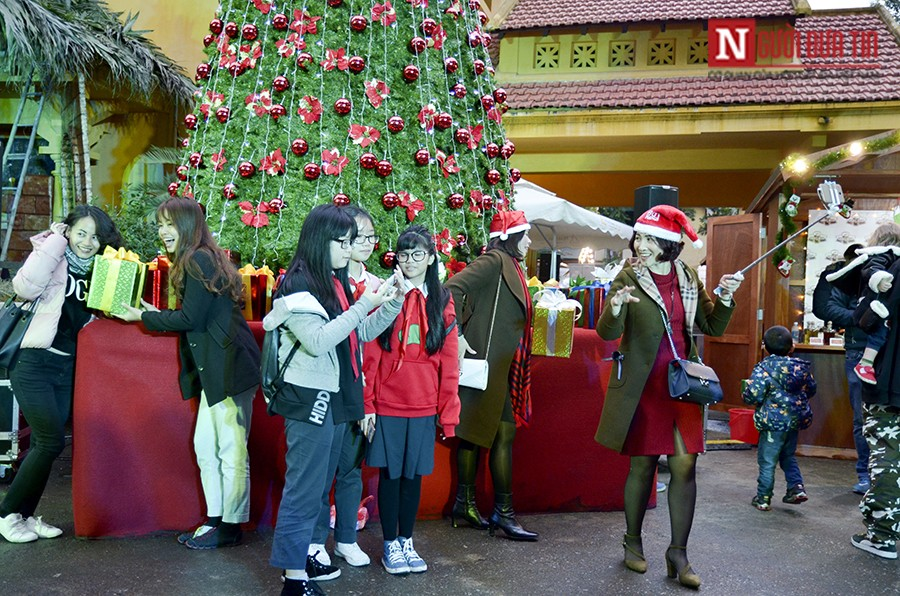 Hội chợ Giáng sinh phong cách Đức rộn ràng tại Việt Nam - Hình 2