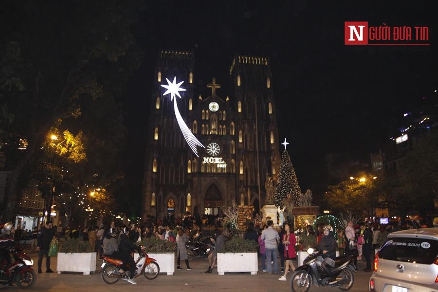 Nhà thờ lớn Hà Nội lung linh trước thềm Giáng sinh - Hình 9