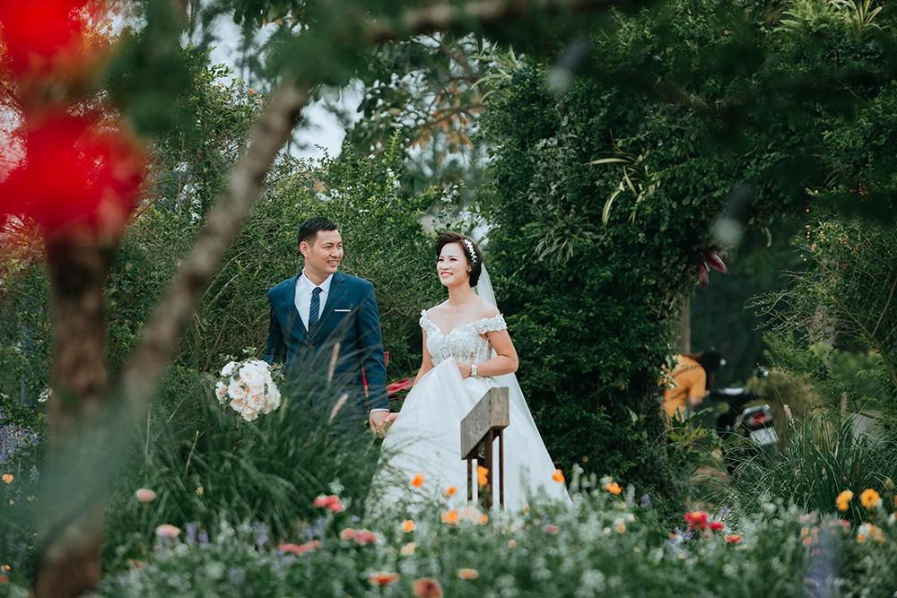 Thể thao - Bộ ảnh cưới cực chất của Quả bóng vàng Việt Nam 2015 gây sốt (Hình 2).
