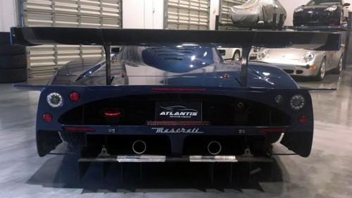 Ô tô-Xe máy - Siêu xe hàng hiếm Maserati MC12 rao bán hơn 62,1 tỷ đồng (Hình 4).