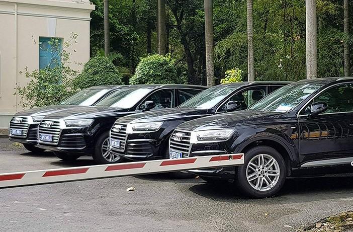 """Xe++ - Dàn xe sang Audi Apec """"rồng rắn"""" hội ngộ tại Dinh Độc Lập (Hình 6)."""