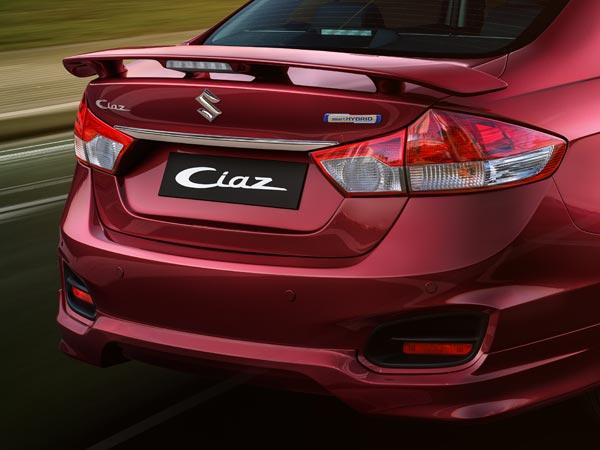 Xe++ - Suzuki ra mắt mẫu xe giá rẻ Ciaz S giá từ 333 triệu đồng (Hình 2).