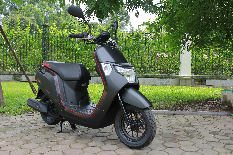Xe++ - Cận cảnh mini-scooter Honda Dunk 50cc giá bán ngang ngửa SH  (Hình 8).