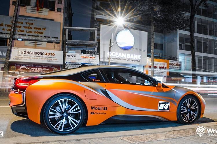 Xe++ - Siêu xe BMW i8 tiền tỷ, biển khủng 'đổi màu' tại Sóc Trăng (Hình 2).