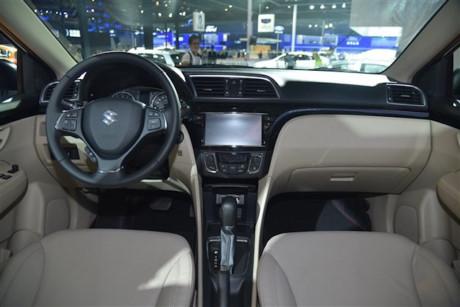 Xe++ - Suzuki Ciaz - mẫu xe ế nhất Việt Nam ra phiên bản mới (Hình 2).