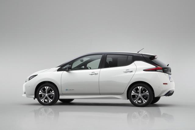 Xe++ - Xe điện Nissan Leaf 2018 đối thủ Tesla Model 3 được trang bị những gì? (Hình 7).