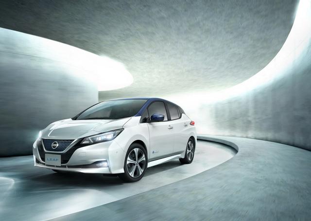Xe++ - Xe điện Nissan Leaf 2018 đối thủ Tesla Model 3 được trang bị những gì? (Hình 2).