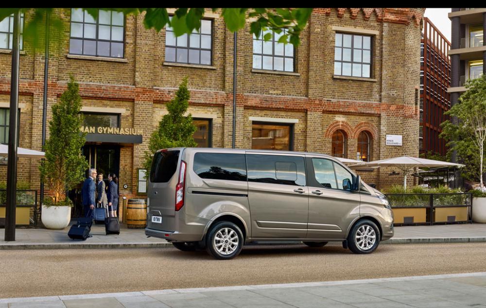 Xe++ - Ford giới thiệu 'nhà di động' hạng sang Tourneo thế hệ mới (Hình 4).