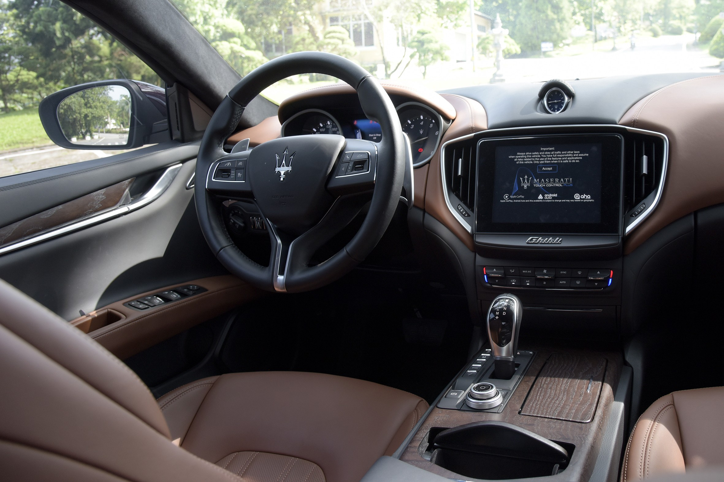 Xe++ - Maserati Ghibli - Sự trở về của vị thần biển cả (Hình 4).