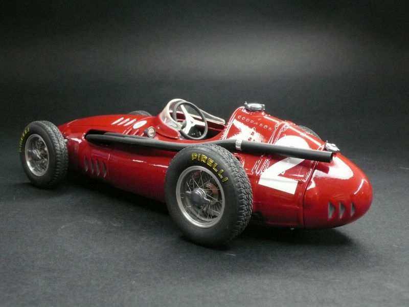 """Xe++ - 10 siêu xe đình đám làm nên thương hiệu """"cây đinh ba"""" Maserati (Hình 2)."""