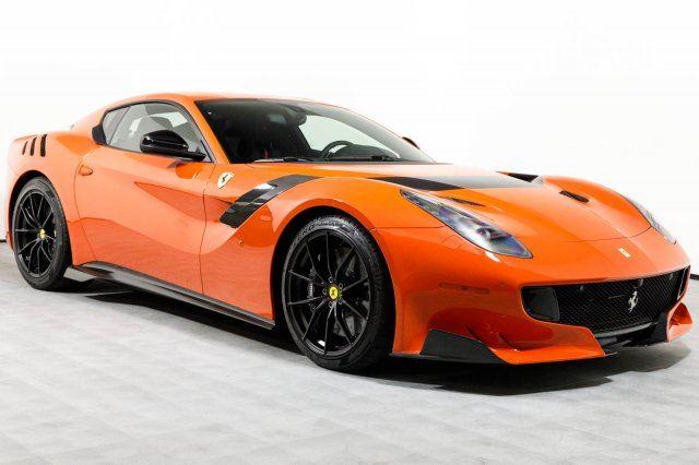 Xe++ - Ferrari F12tdf màu đỏ cam cực hiếm giá 32 tỷ đồng