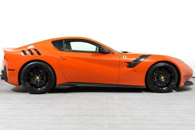 Xe++ - Ferrari F12tdf màu đỏ cam cực hiếm giá 32 tỷ đồng (Hình 2).