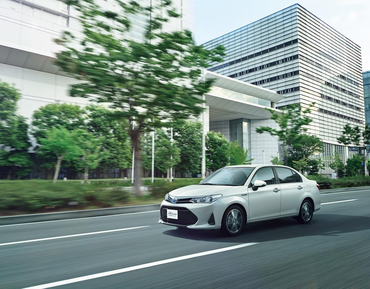 Xe++ - Toyota Corolla Axio và Corolla Fielder đời 2018 lộ diện hoàn toàn (Hình 7).