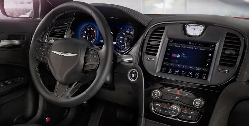 Xe++ - Top 10 mẫu xe sở hữu màn hình cảm ứng lớn nhất hiện tại (Hình 7).