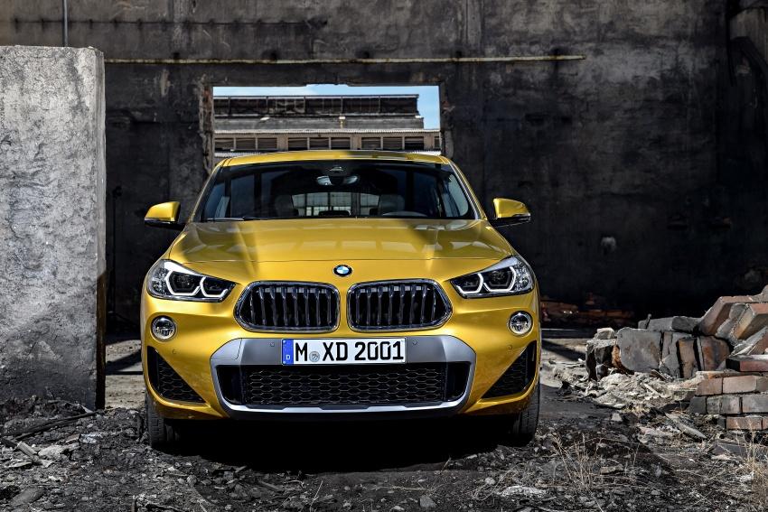 Xe++ - Crossover BMW X2 – đối thủ mới của Mercedes-Benz GLA (Hình 4).