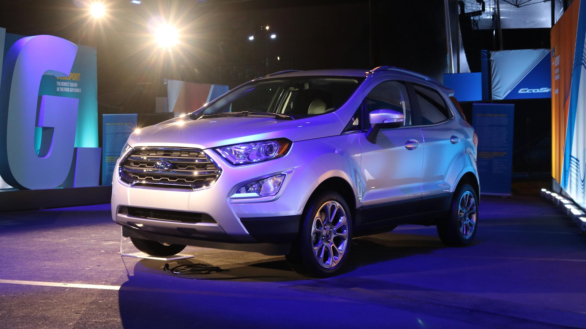 Xe++ - Ford Ecosport 2018 có giá bán cao ngất ngưởng 30.555 USD (Hình 2).