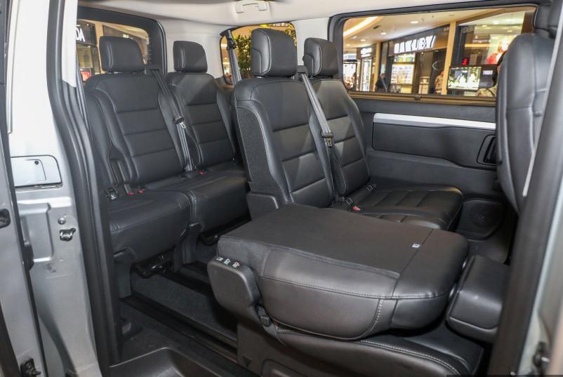 Xe++ - MPV Peugeot Traveler công bố giá bán từ 536 triệu đồng (Hình 6).