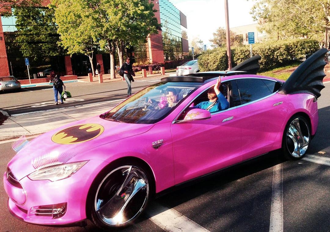 Xe++ - Tesla Model S độ phong cách 'Người dơi' quyến rũ nhất thế giới (Hình 2).