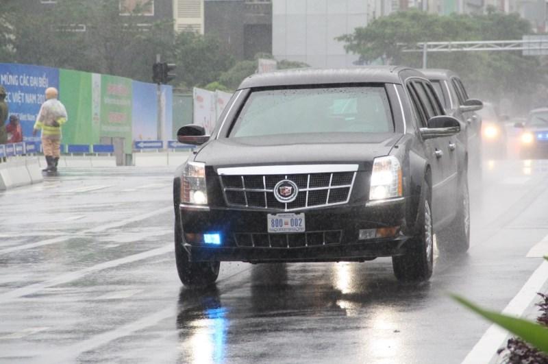 """Xe++ - """"Quái thú"""" Cadillac One của Tổng thống Mỹ lăn bánh tại Đà Nẵng (Hình 4)."""